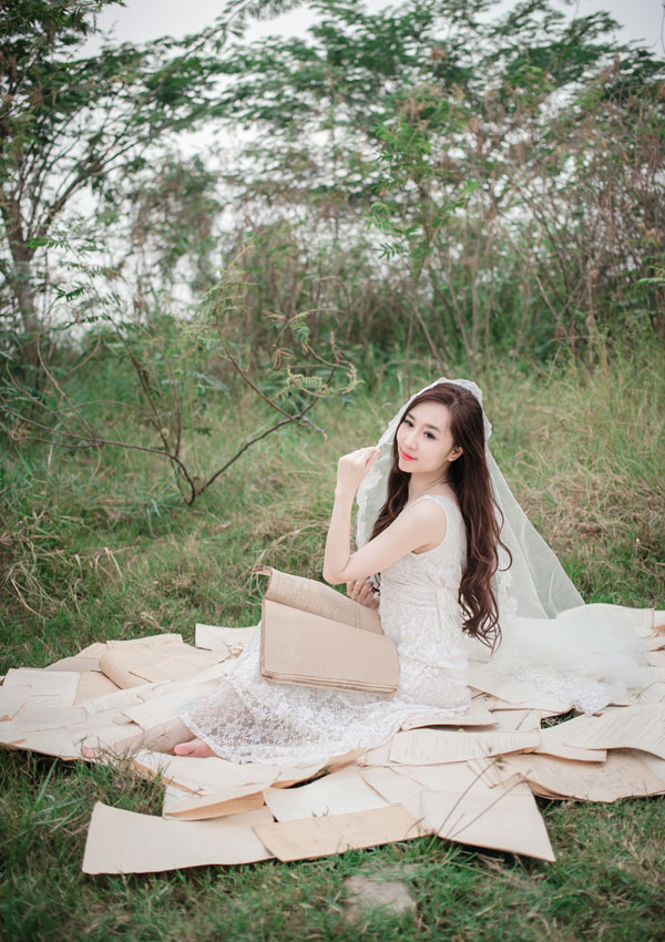 """Hot girl Cầu Trường Rực Lửa hóa thành """"cô dâu ma mị"""" - Ảnh 4"""