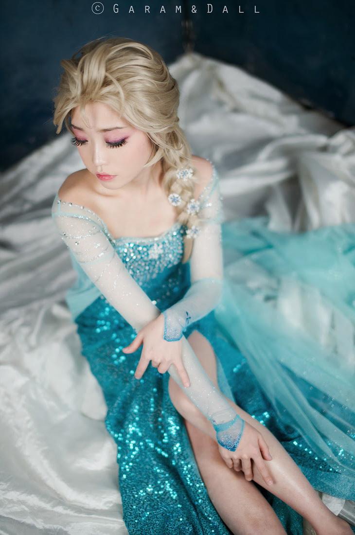 Tomia hóa thân thành nữ hoàng băng giá Elsa - Ảnh 22