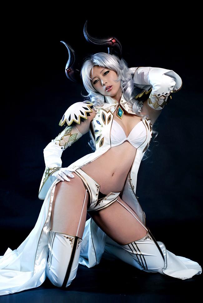 Doremi quyến rũ với cosplay Priest trong Tera Online - Ảnh 6