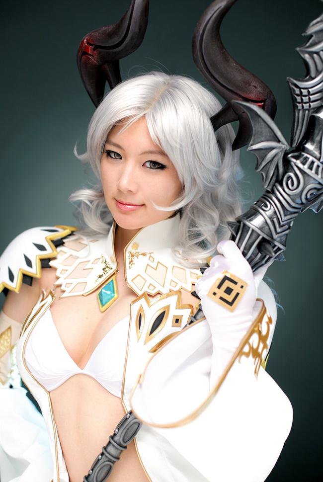 Doremi quyến rũ với cosplay Priest trong Tera Online - Ảnh 10