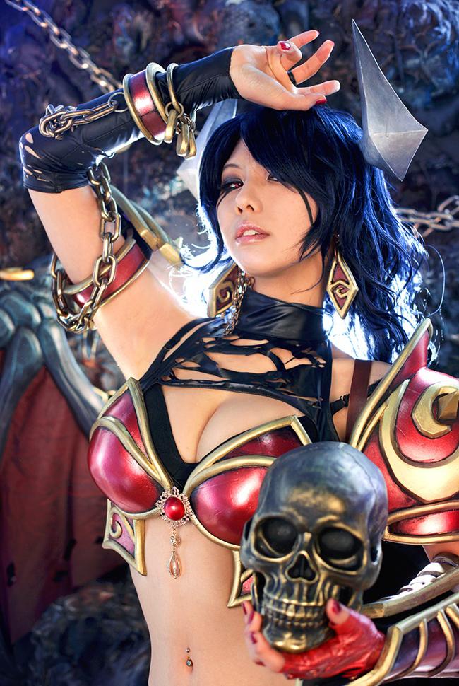 Dota 2: Cosplay Queen of Pain cực chất của Tasha 8