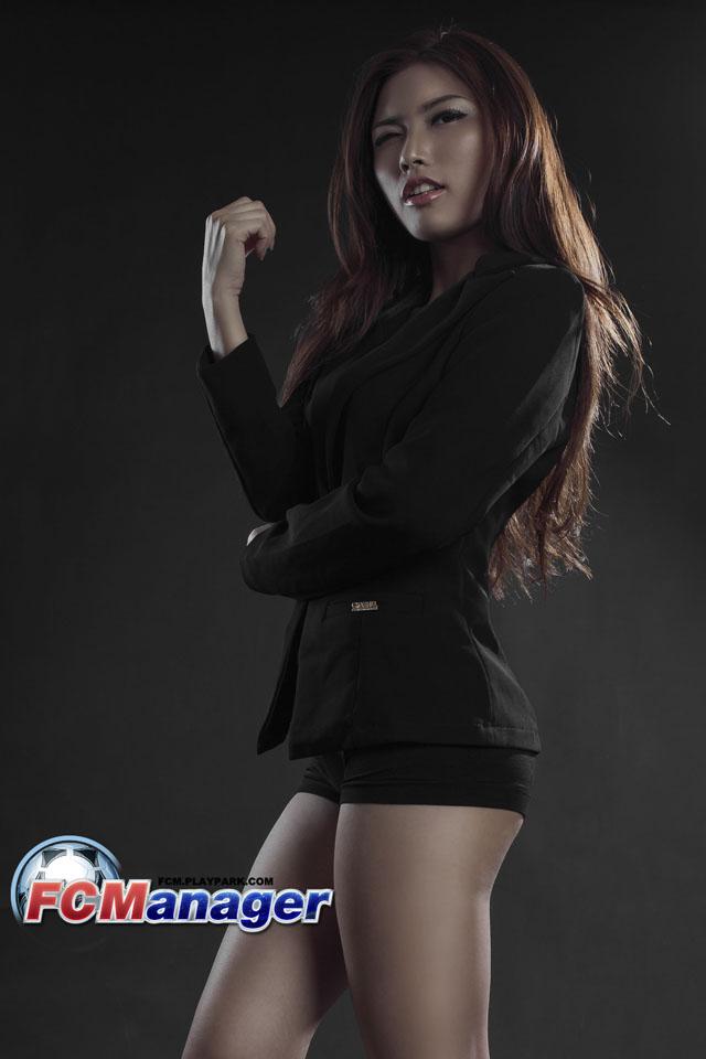 Ngắm hướng dẫn viên xinh đẹp của FC Manager 9