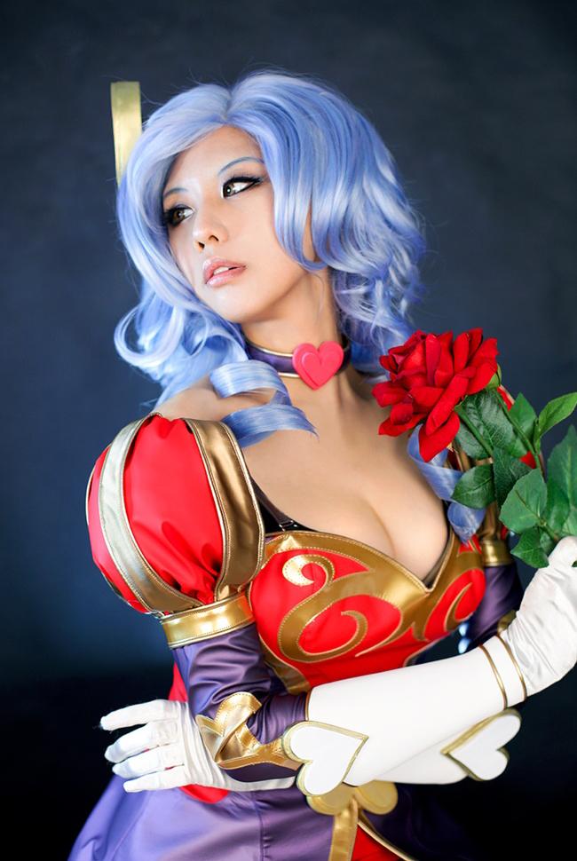 Tasha quyến rũ với cosplay Ashe Mũi Tên Tình Ái - Ảnh 1