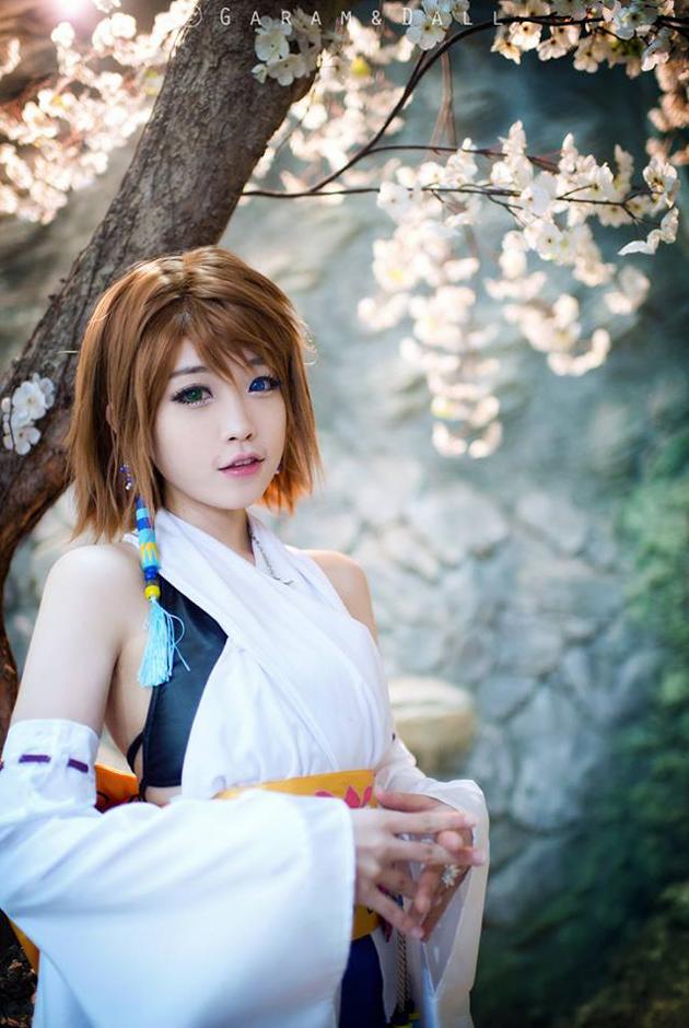 Tomia cực dễ thương với cosplay Yuna - Ảnh 14
