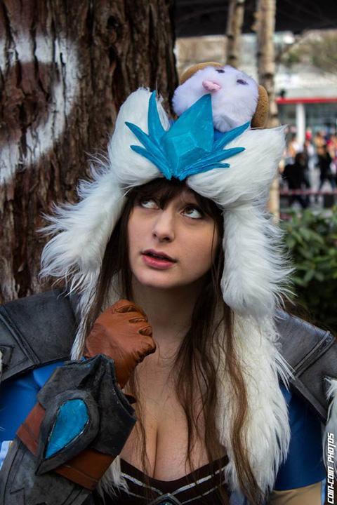 Bộ cosplay Sivir Bão Tuyết cực ấn tượng - Ảnh 6