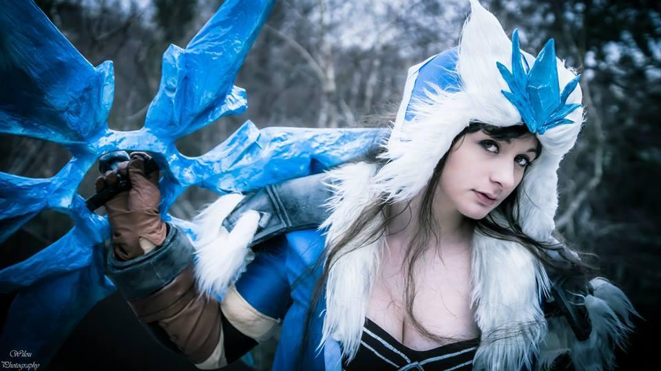 Bộ cosplay Sivir Bão Tuyết cực ấn tượng - Ảnh 10