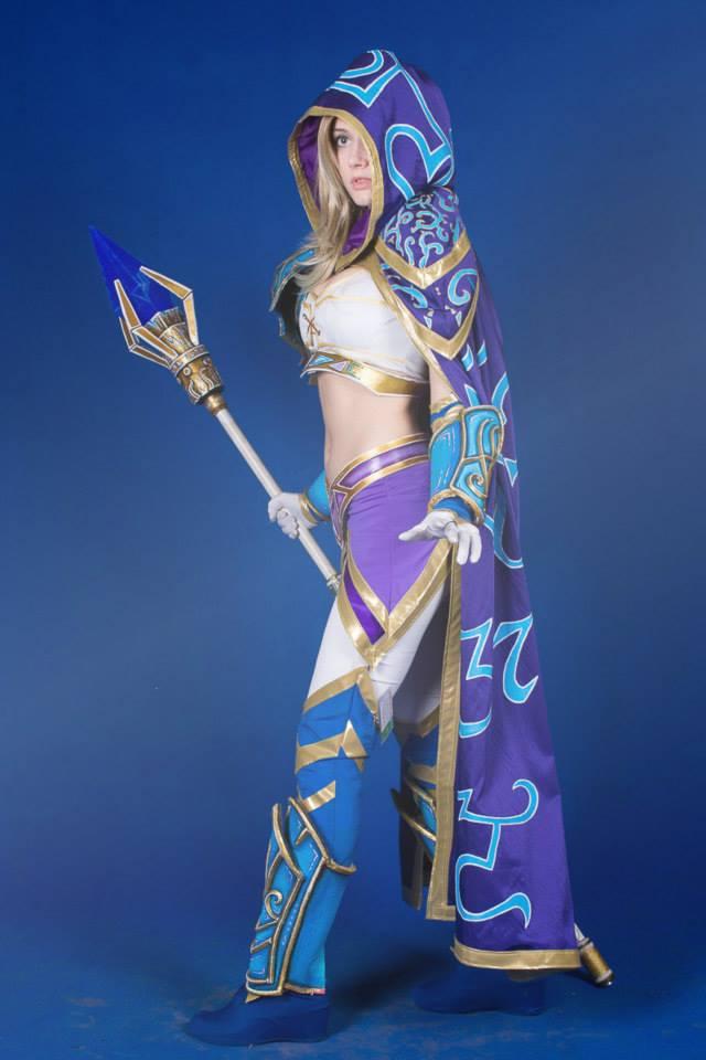 Jaina bước từ Warcraft III ra ngoài đời thực - Ảnh 3