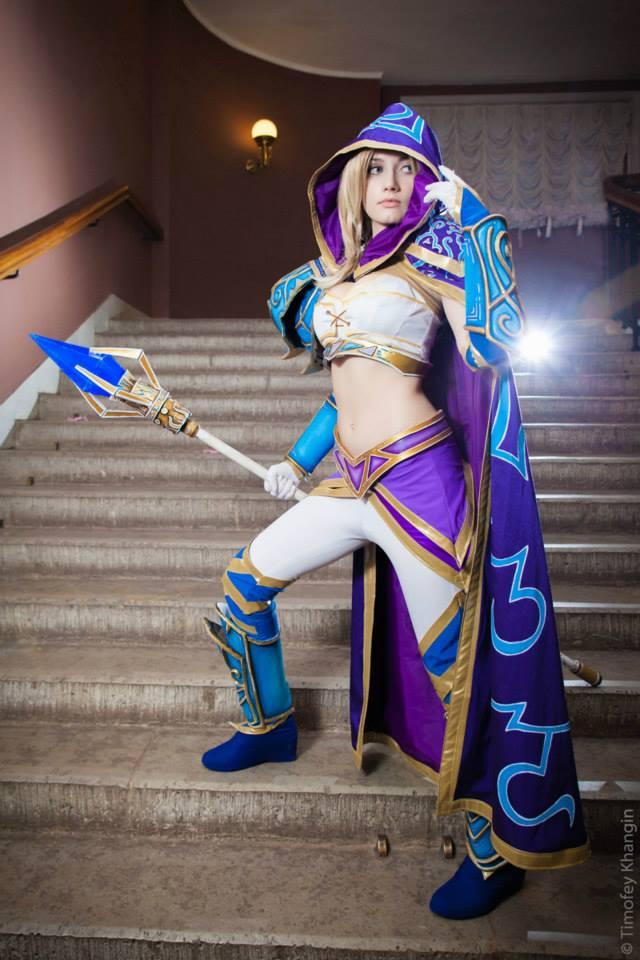 Jaina bước từ Warcraft III ra ngoài đời thực - Ảnh 4