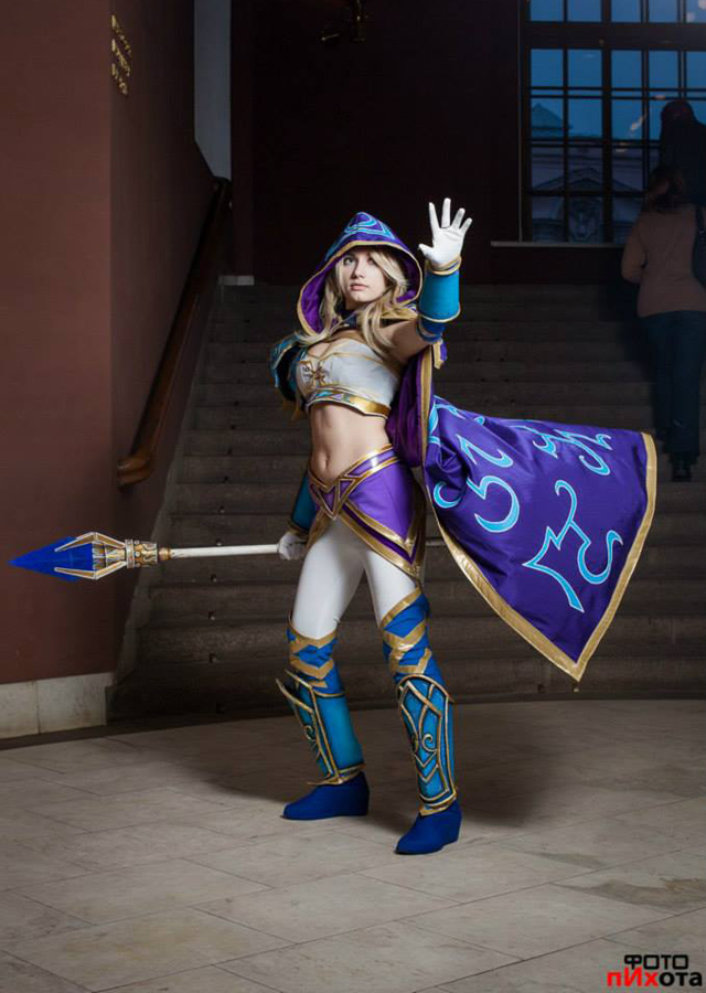 Jaina bước từ Warcraft III ra ngoài đời thực - Ảnh 6