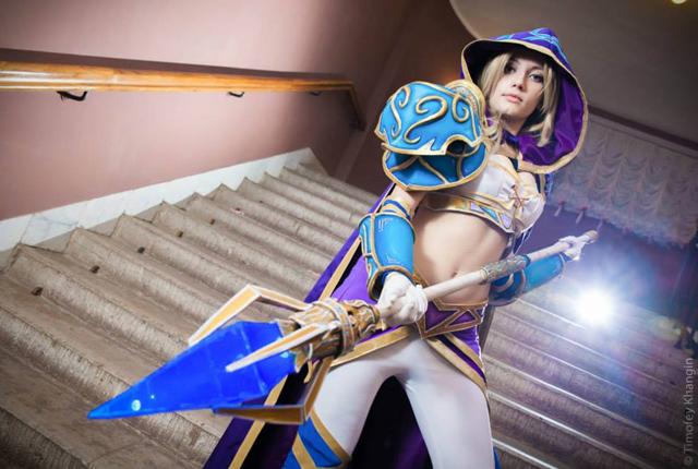 Jaina bước từ Warcraft III ra ngoài đời thực - Ảnh 8