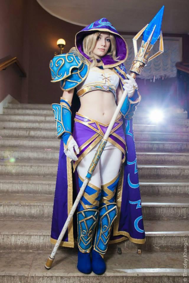 Jaina bước từ Warcraft III ra ngoài đời thực - Ảnh 12