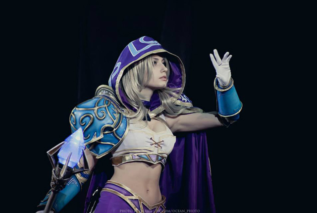 Jaina bước từ Warcraft III ra ngoài đời thực - Ảnh 13