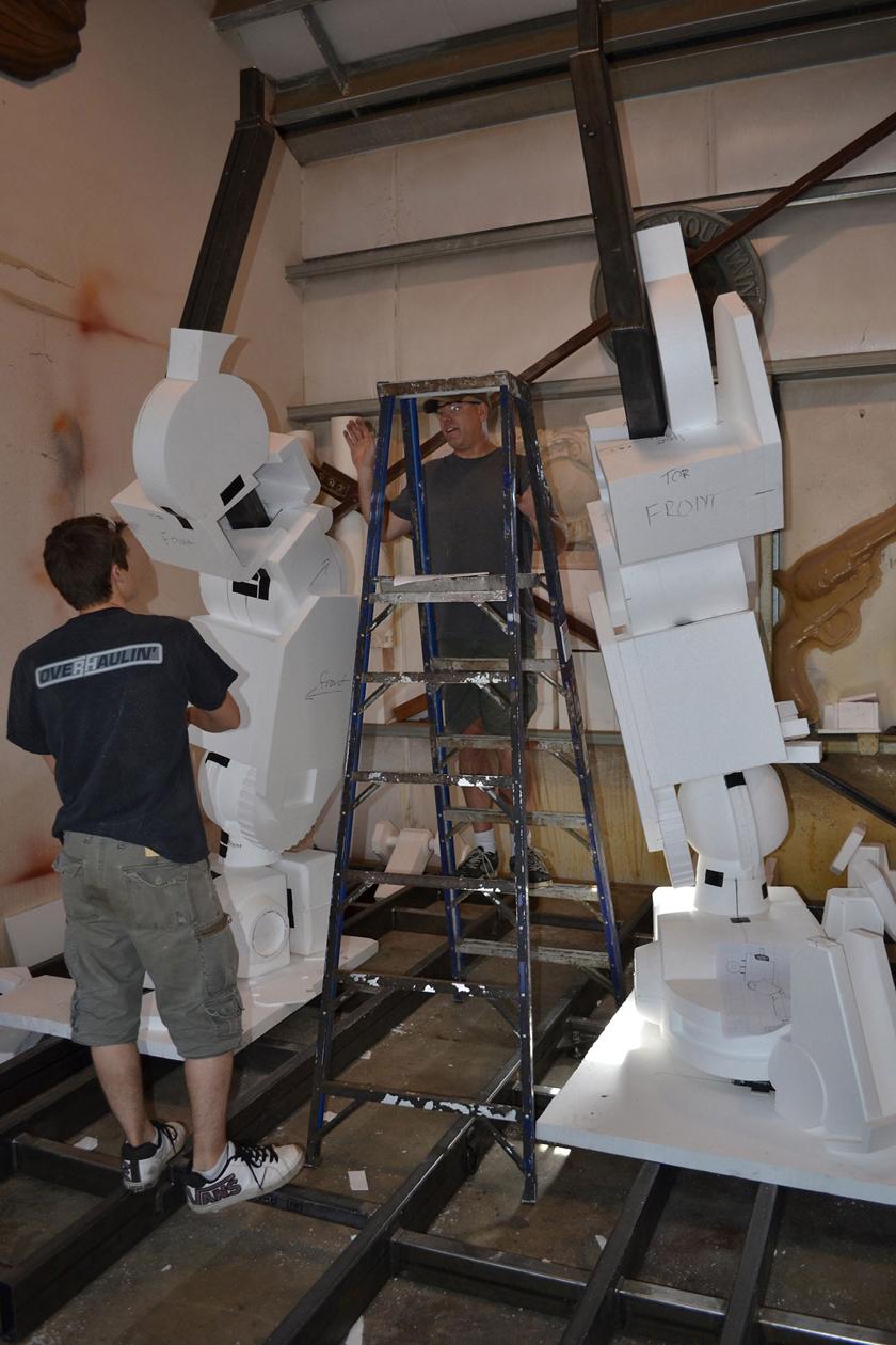 Chế tác robot trong Titanfall ở ngoài đời thực - Ảnh 9