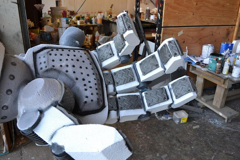 Chế tác robot trong Titanfall ở ngoài đời thực - Ảnh 18