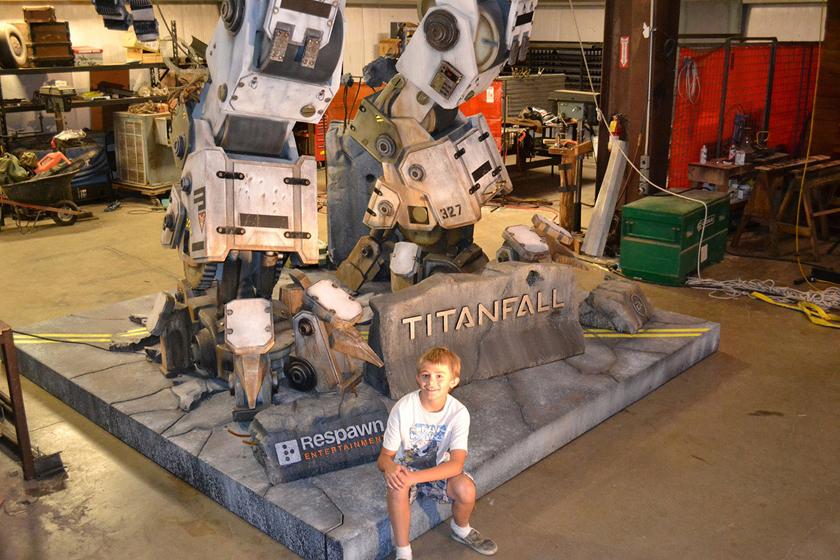Chế tác robot trong Titanfall ở ngoài đời thực - Ảnh 25