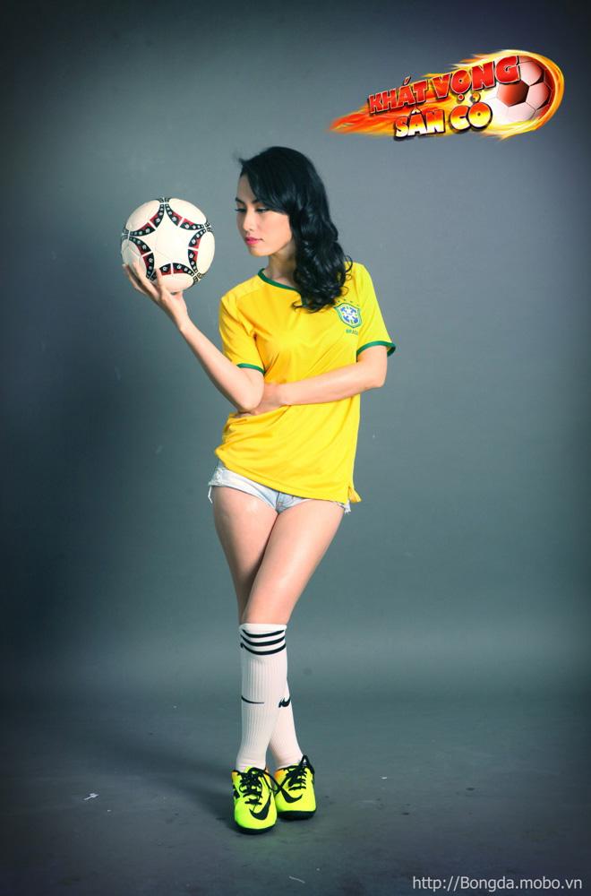 Ngắm hot girl trong ảnh quảng bá Khát Vọng Sân Cỏ - Ảnh 5