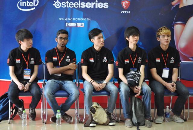 Giải TTDT Quốc tế 2014: Phỏng vấn Insidious Gaming 2