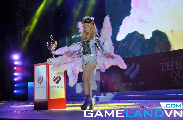 Giải TTDT Quốc tế 2014: Những bộ cosplay xuất sắc 2
