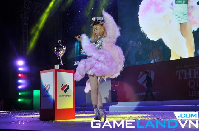 Giải TTDT Quốc tế 2014: Những bộ cosplay xuất sắc 3