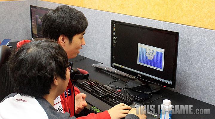 Tham quan gaming house của SKT T1 - Ảnh 10