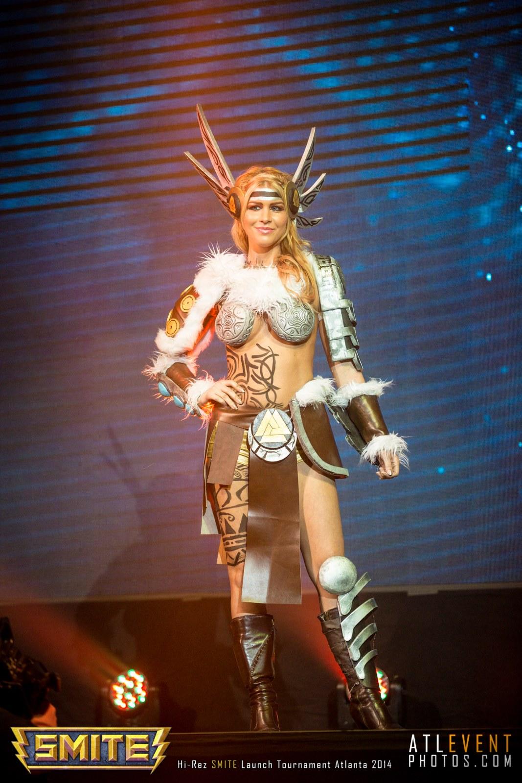 Ngắm cosplay tại SMITE Launch Tournament - Ảnh 20