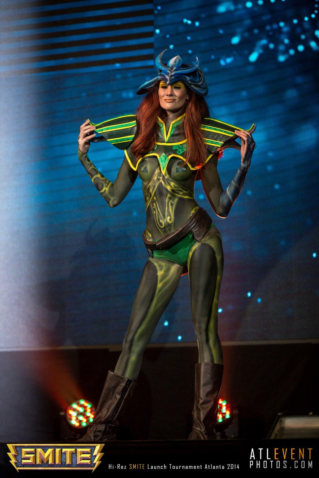 Ngắm cosplay tại SMITE Launch Tournament - Ảnh 30