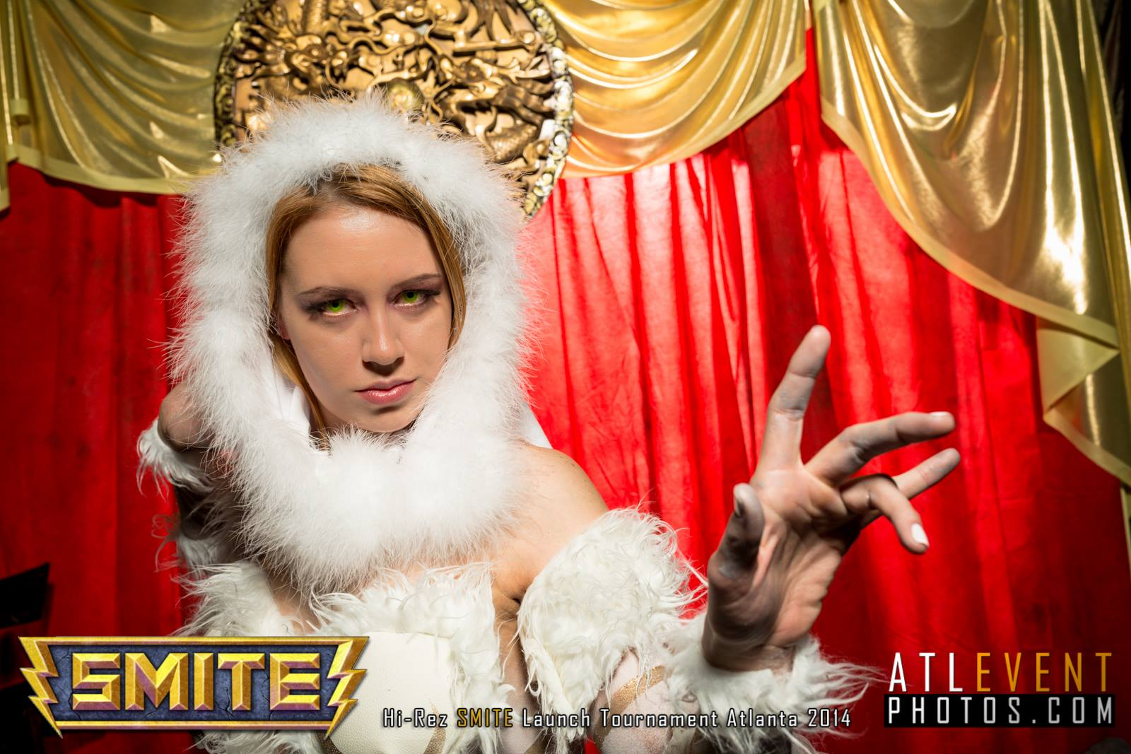 Ngắm cosplay tại SMITE Launch Tournament - Ảnh 37