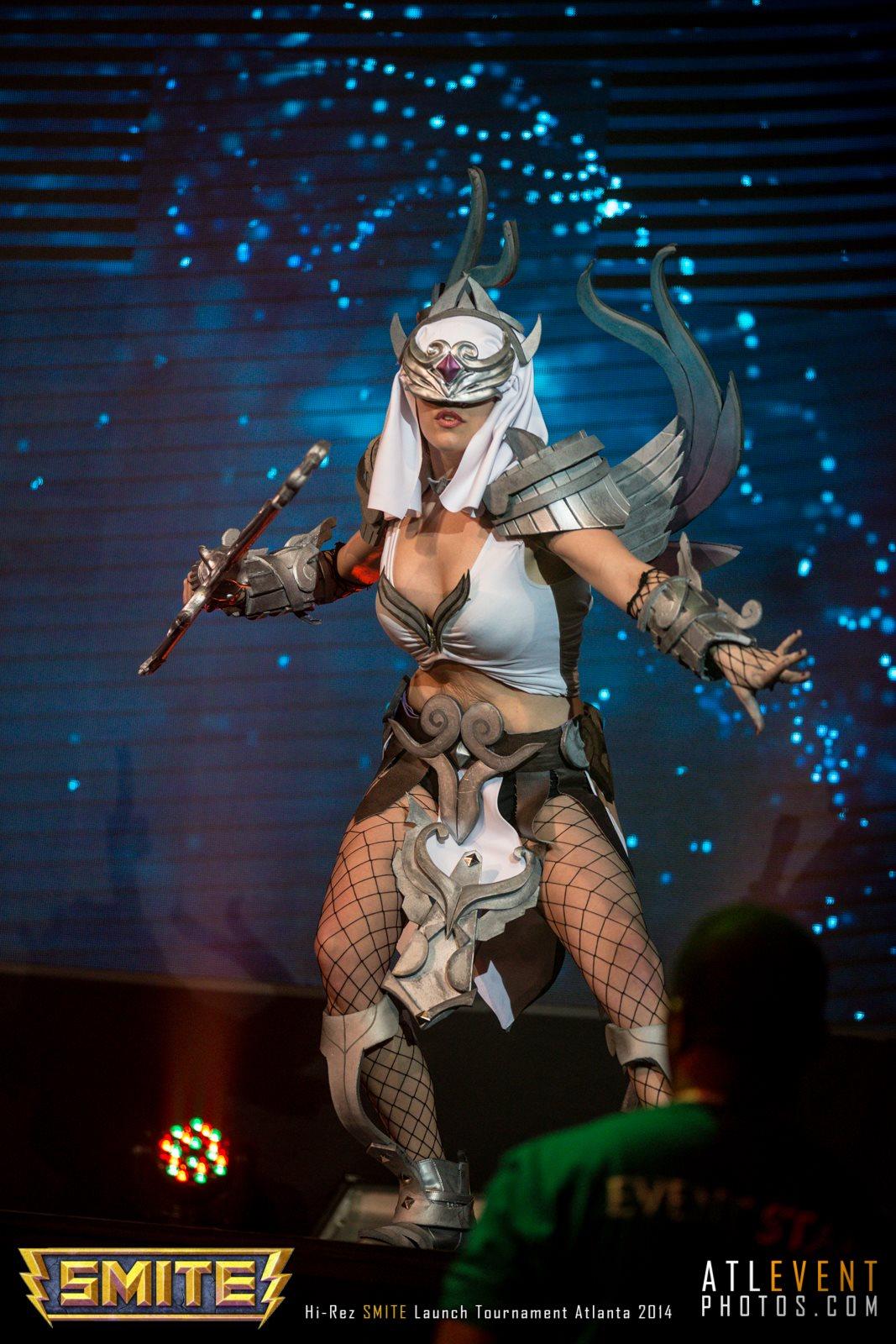 Ngắm cosplay tại SMITE Launch Tournament - Ảnh 78