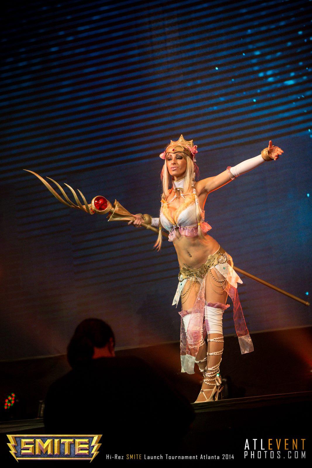 Ngắm cosplay tại SMITE Launch Tournament - Ảnh 92