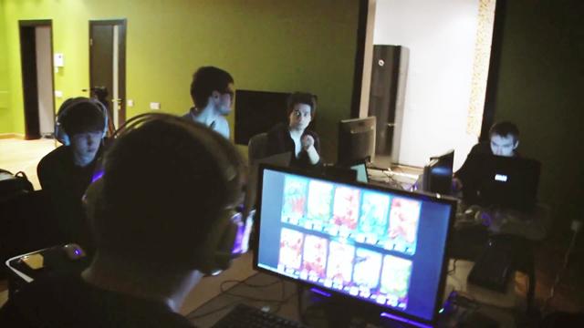 Tham quan gaming house của Gambit Gaming 3