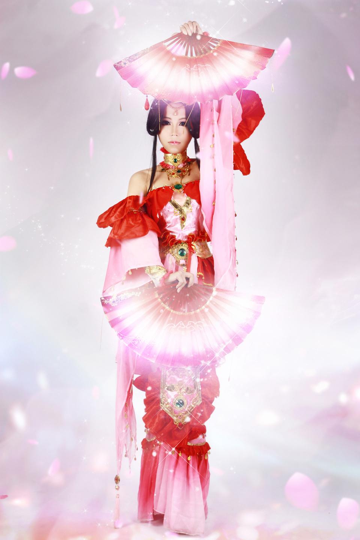 Nữ hiệp Thất Tú quyến rũ với sắc đỏ - Ảnh 8