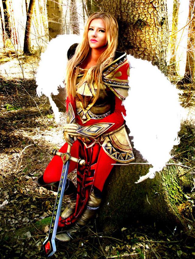 Felan cực đáng yêu với cosplay Ashe và Kayle - Ảnh 16