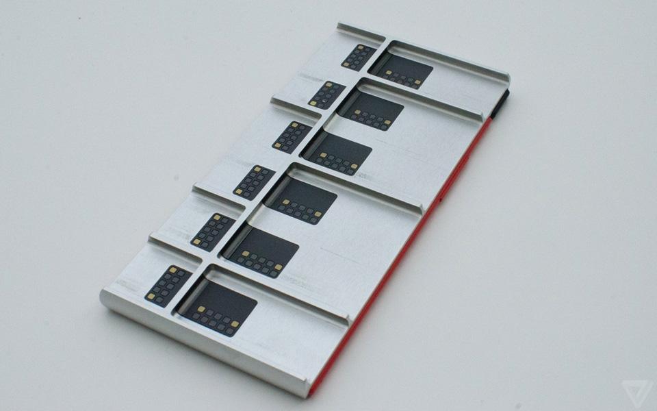 Ảnh thực tế nguyên mẫu điện thoại lắp ghép Project Ara 6