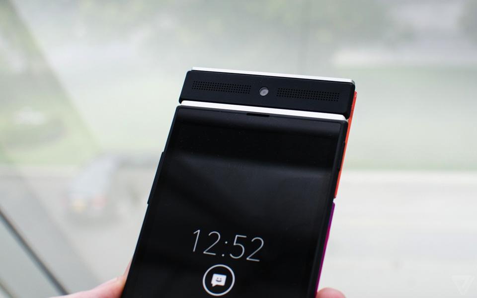 Ảnh thực tế nguyên mẫu điện thoại lắp ghép Project Ara 12