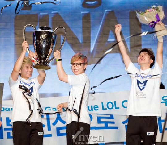 HOT6iX Champions Spring 2014: Blue vô địch 2