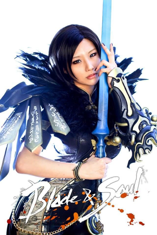 Tasha cực gợi cảm với cosplay Blade & Soul 4