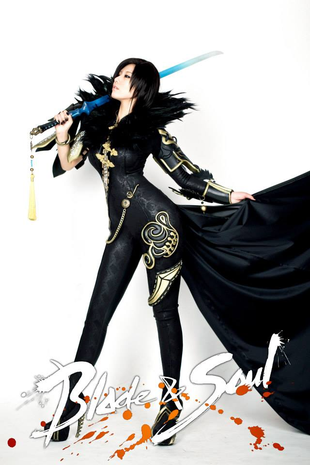Tasha cực gợi cảm với cosplay Blade & Soul 5