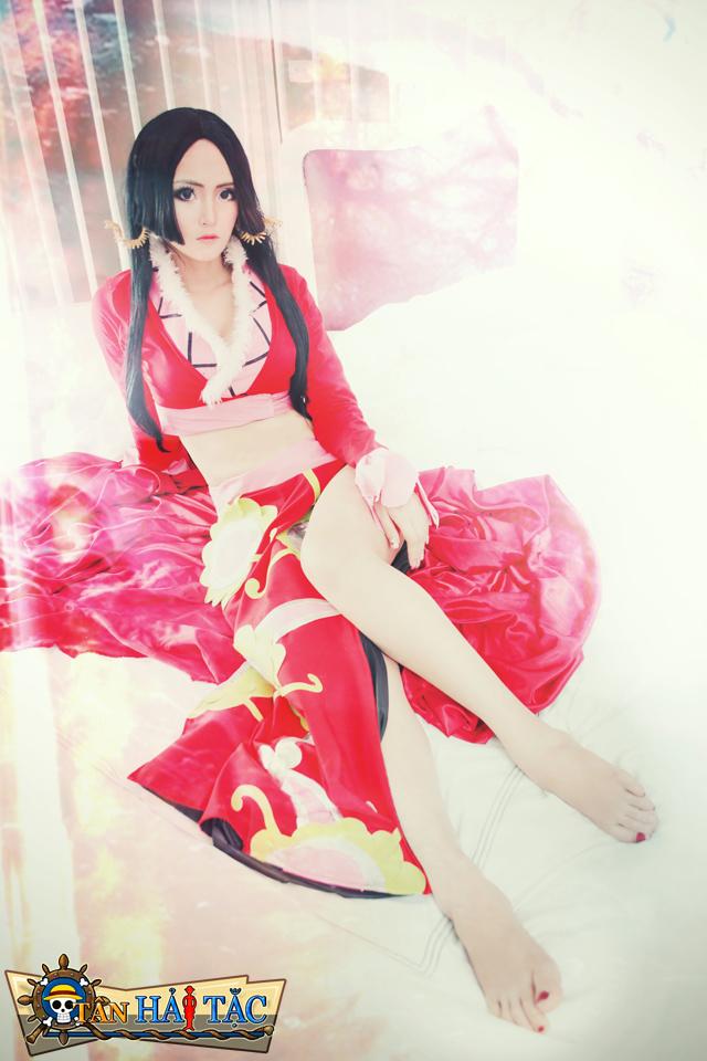 Ngắm Bunny Kute trong cosplay Boa Hancock 9