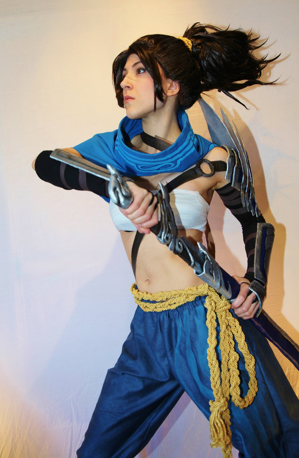 Ngắm cosplay Yasuo phiên bản nữ cực quyến rũ - Ảnh 7