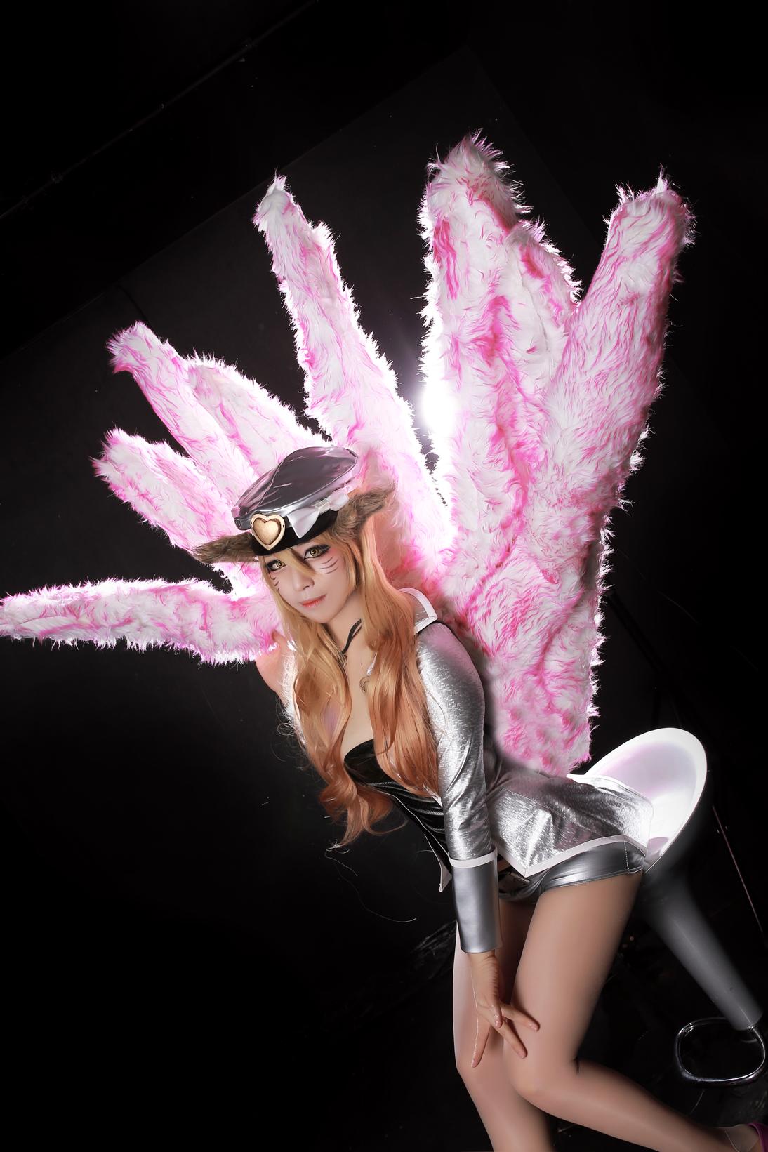 Reve ma mị với cosplay Ahri Thần Tượng Âm Nhạc - Ảnh 6