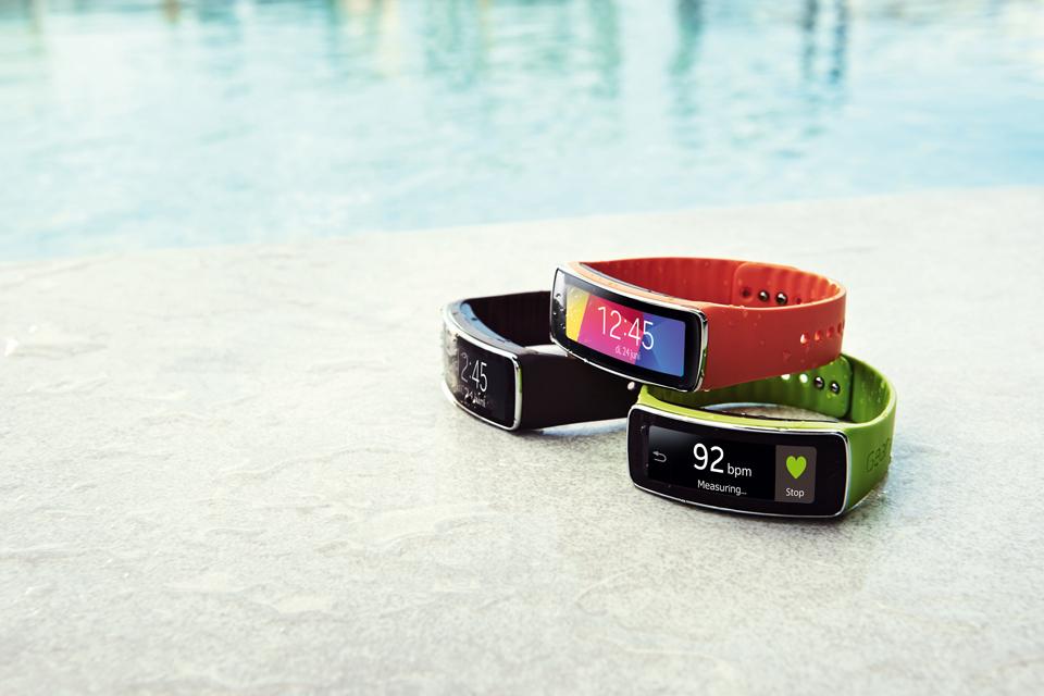 Doutzen Kroes quyến rũ với Galaxy S5 và Gear Fit - Ảnh 4