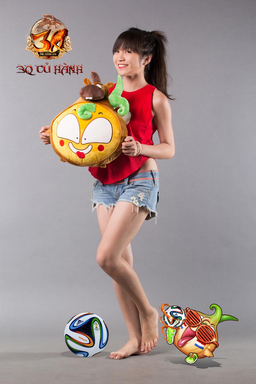 Hot girl 3Q Củ Hành quyến rũ cùng trái bóng tròn - Ảnh 5