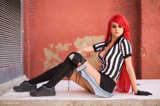 Cosplay Katarina Trọng Tài cực sexy của JubyHeadshot - Ảnh 8