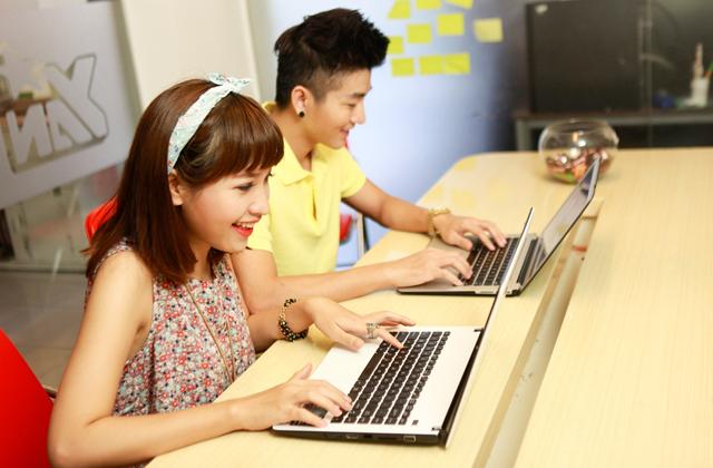 Dàn sao YAN hứng khởi với Touch Online 10