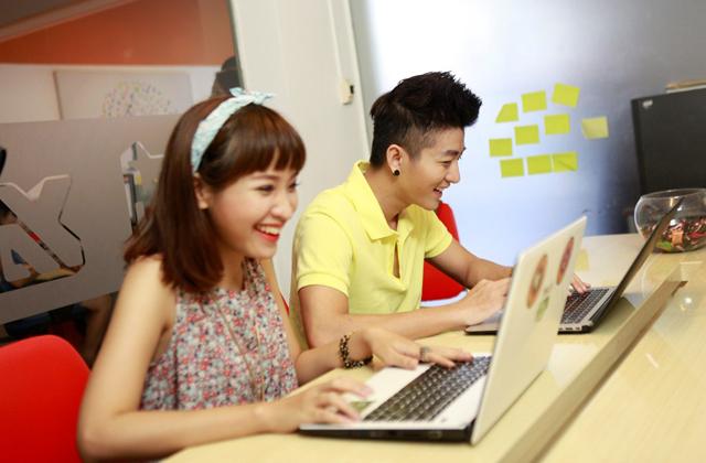 Dàn sao YAN hứng khởi với Touch Online 12