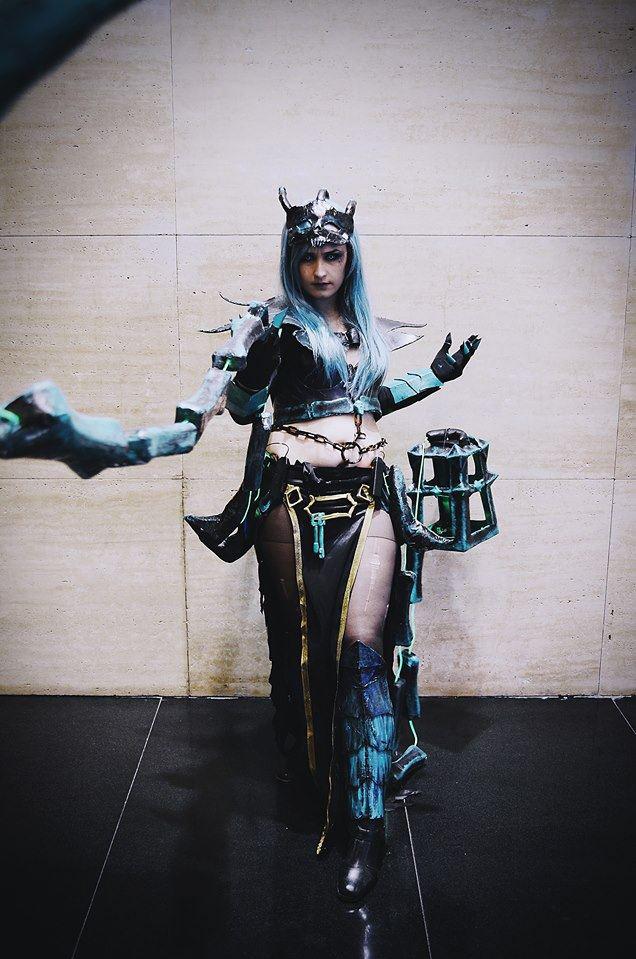 Ngắm cosplay Thresh phiên bản nữ cực ma mị - Ảnh 3