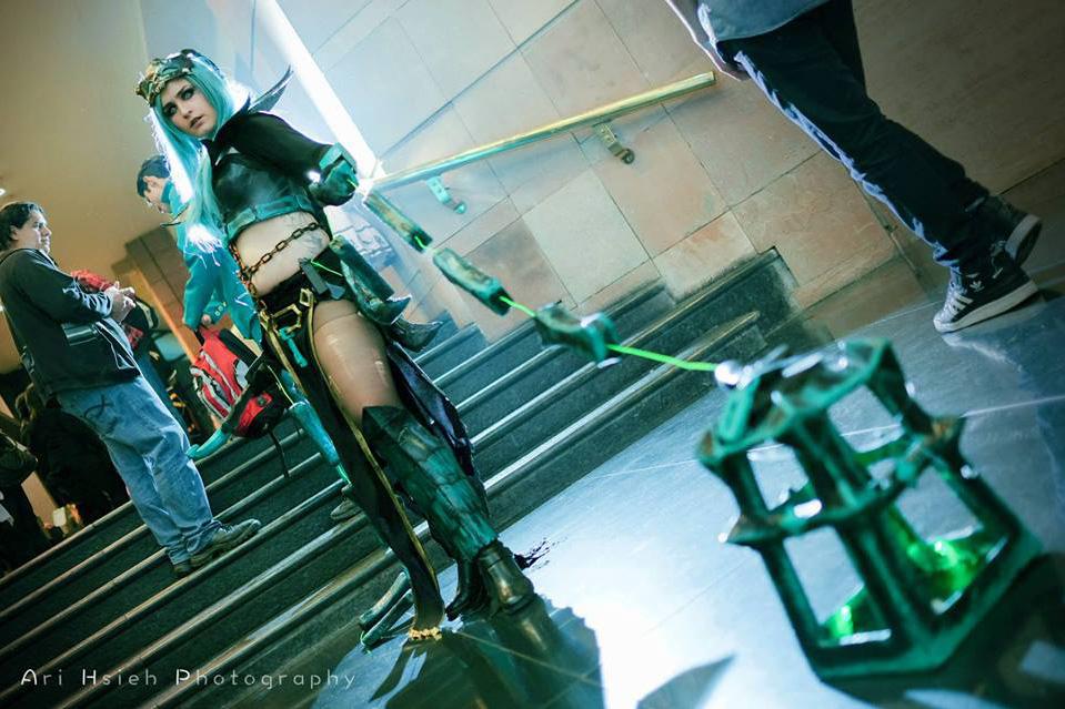 Ngắm cosplay Thresh phiên bản nữ cực ma mị - Ảnh 8