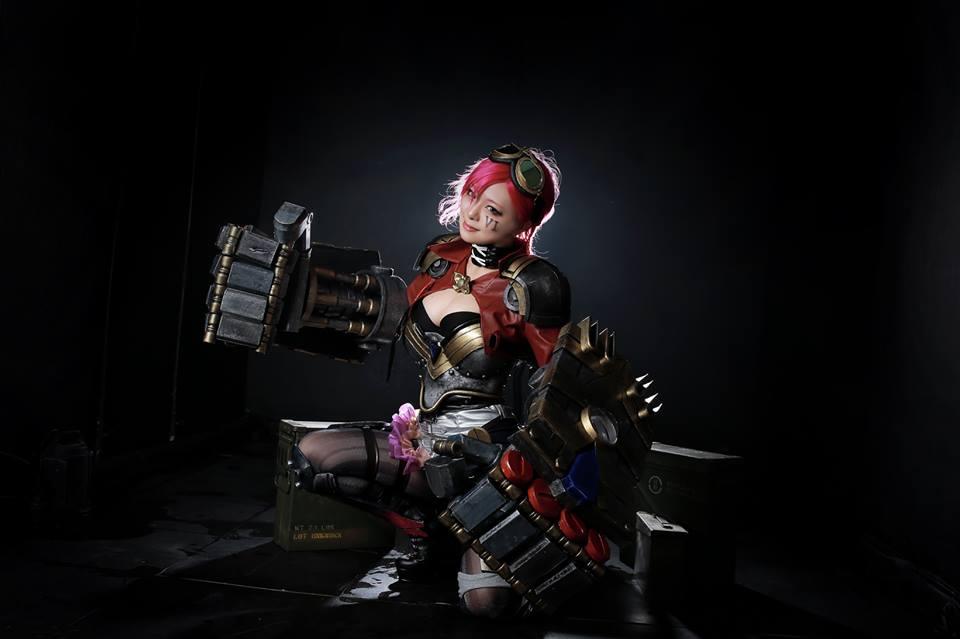 Ngắm cosplay Vi và Jinx cực quyến rũ - Ảnh 6
