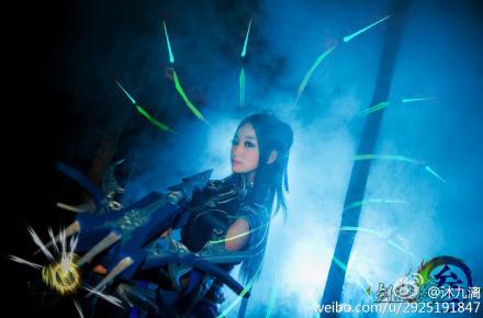 VLTK 3: Ngắm vẻ đẹp ma mị của nữ hiệp Đường Môn - Ảnh 3