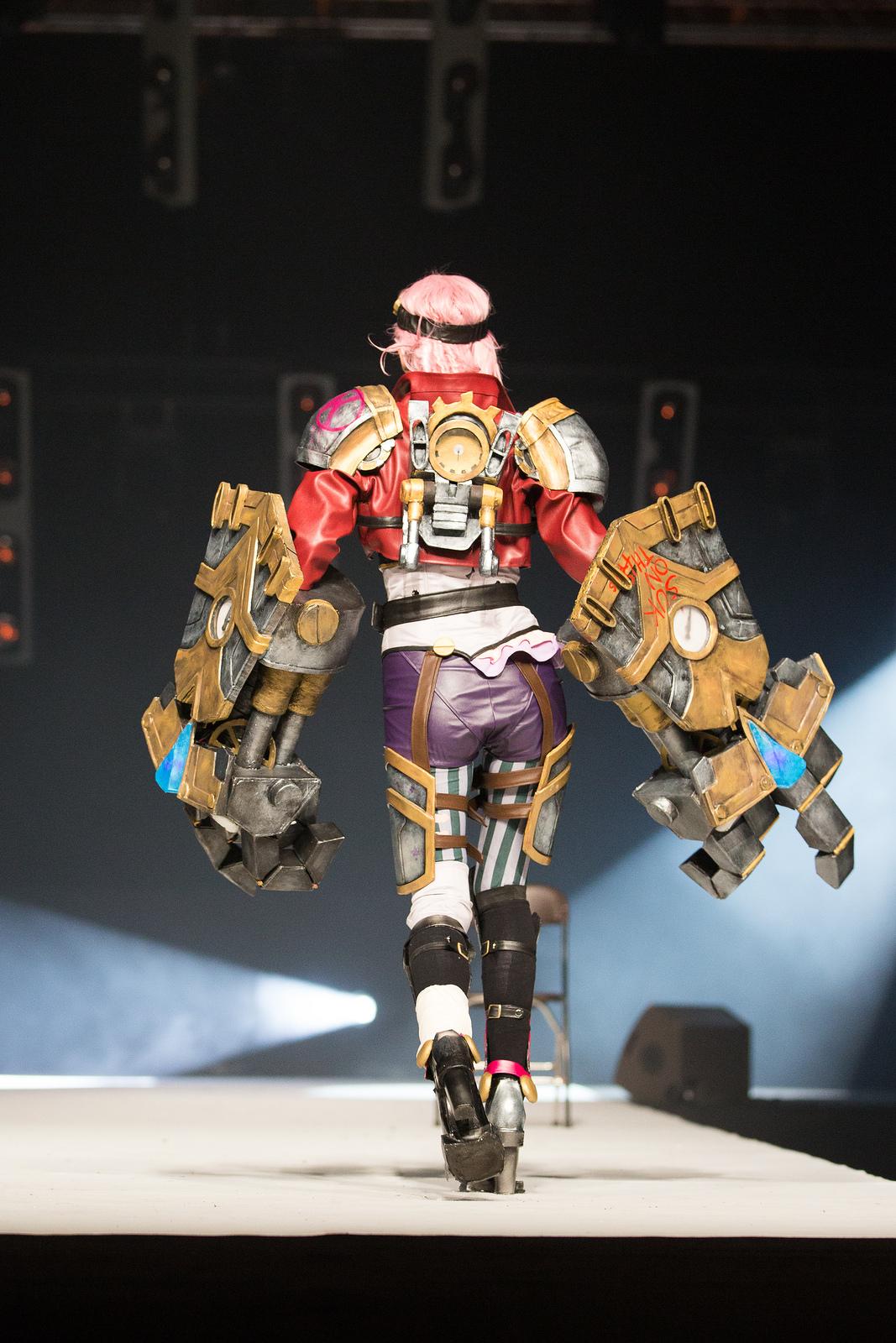 Ngắm cosplay LMHT tuyệt đẹp tại Japan Expo 2014